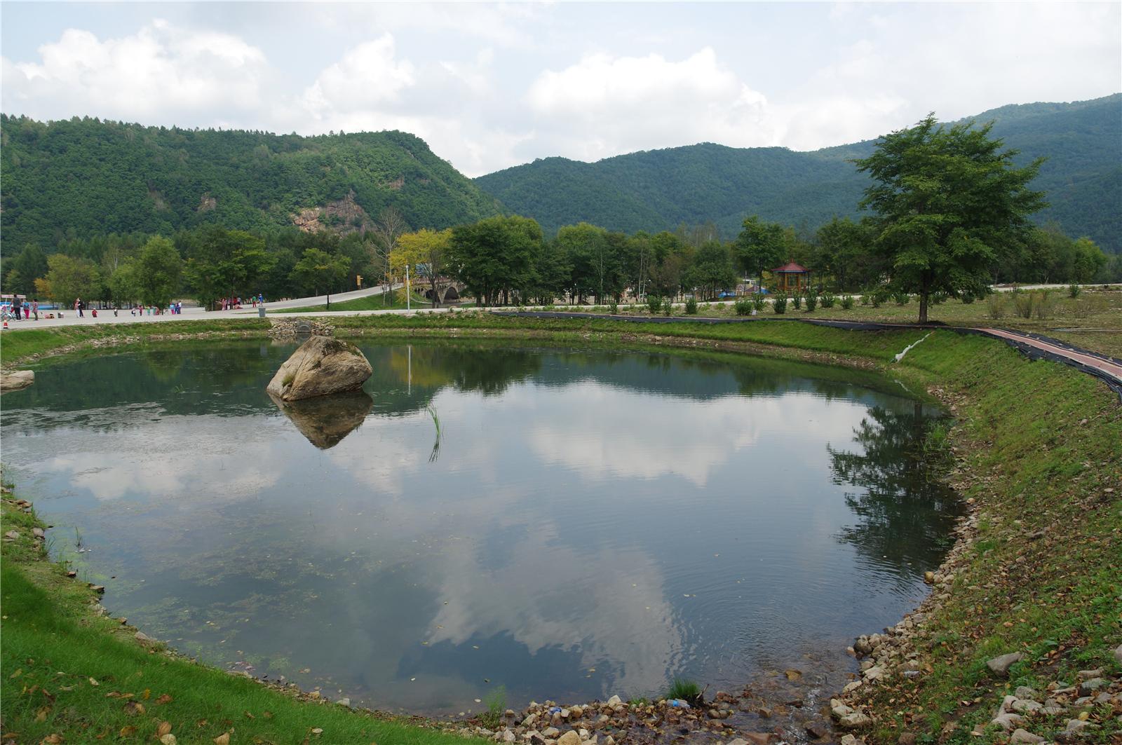 初游九峰山风景区 - 摄影天地